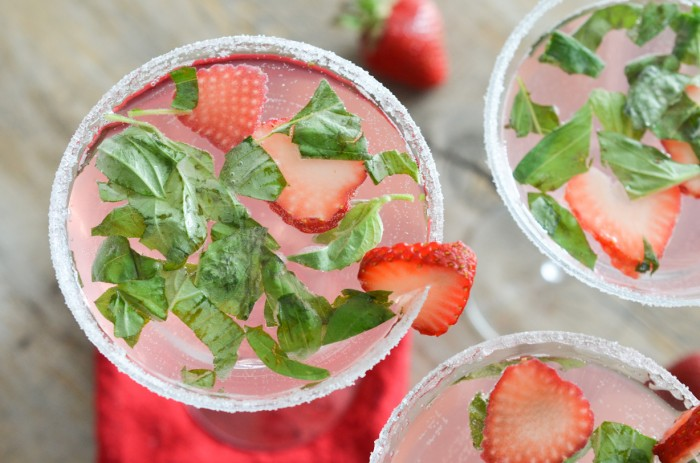 strawberry basil mojito recette strawberry basil the mojito is one of ...