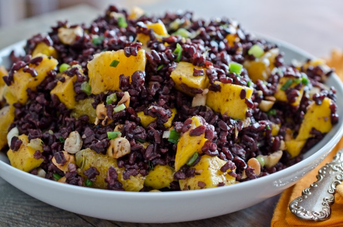 black rice salad with mango black rice salad with mango and peanuts ...