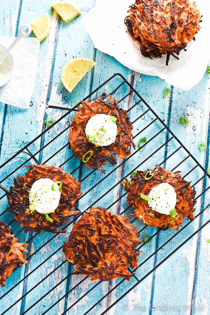 💙💙💙 Pan-Fried Green Onion and Sweet Potato Fritters | these quick and easy to make fritters are incredibly delicious | theendlessmeal.com