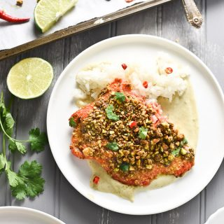 Pistachio Crusted Salmon with Green Curry Sauce | This delicious and easy to make dinner is ready in only 25 minutes. You will LOVE it! | theendlessmeal.com