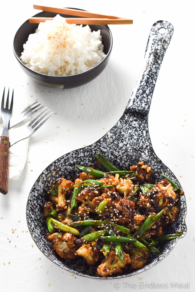 General Tso's Cauliflower | A super easy to make and healthy weeknight meal. | theendlessmeal.com