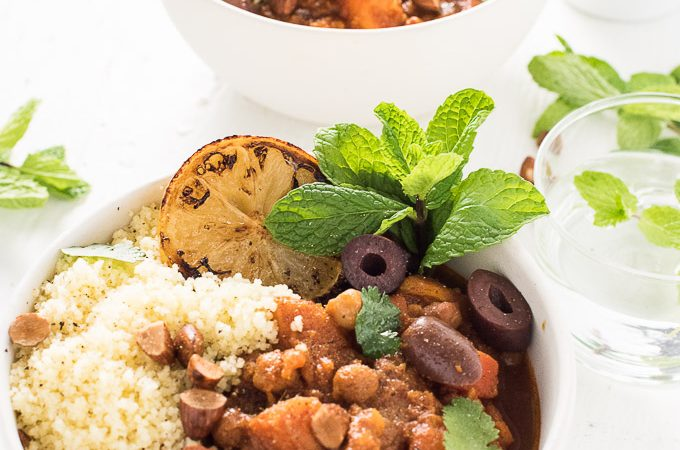 Cinnamon-Scented Vegetarian Crock Pot Moroccan Tagine | theendlessmeal.com