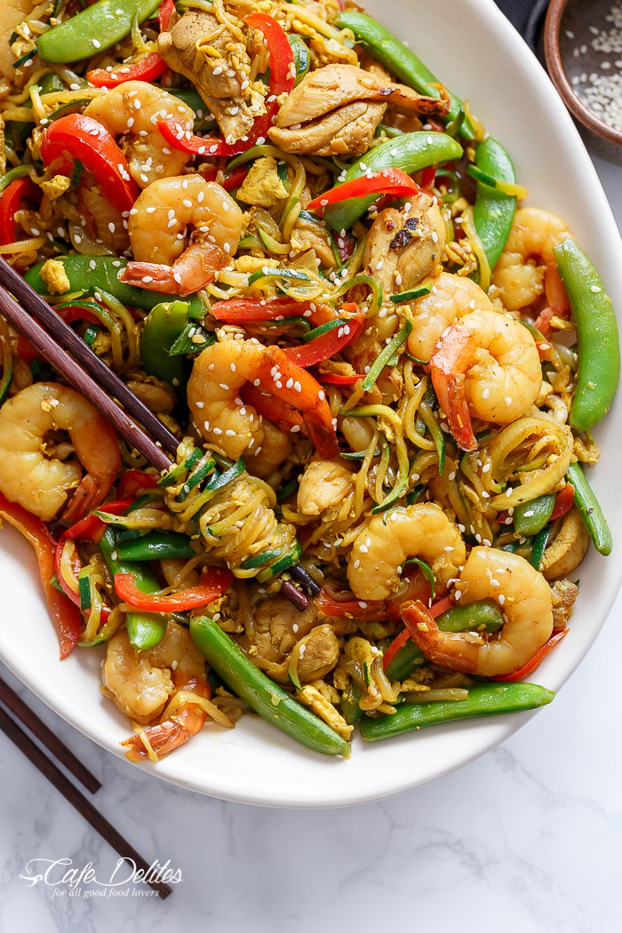 Singapore Zoodle Stir Fry with Chicken by Café Delites | The 15 Best Summer Vegetable Noodle Dishes