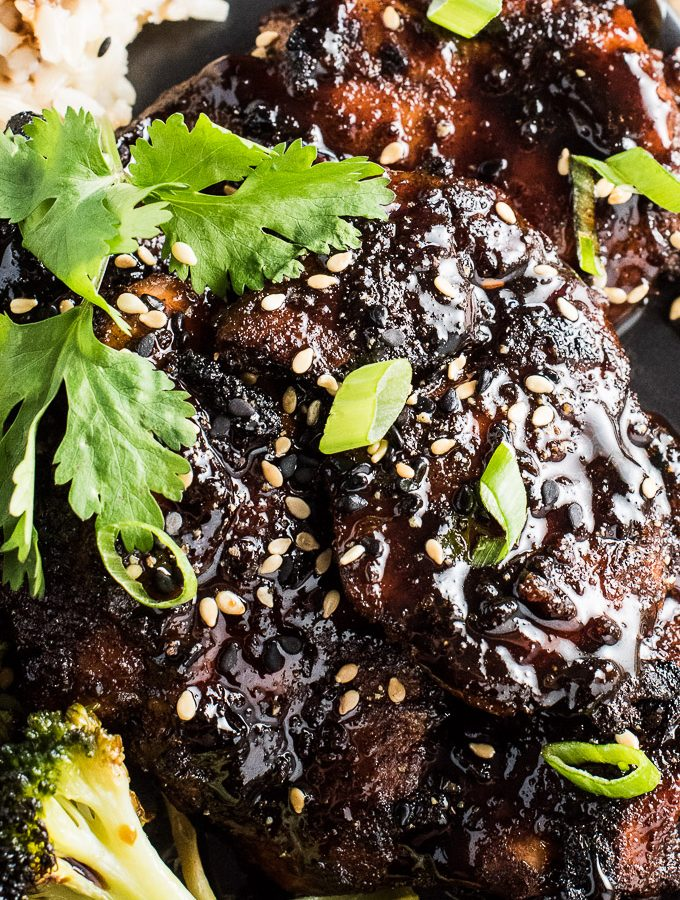 This Sticky Chinese 5 Spice Chicken is pure happiness. It's marinated in Chinese 5-spice, oven baked, then drenched in a sweet and sticky glaze. It's easy to make, full of delicious flavor and takes only 30 minutes to make. It's also a naturally paleo and gluten-free dinner recipe. | theendlessmeal.com