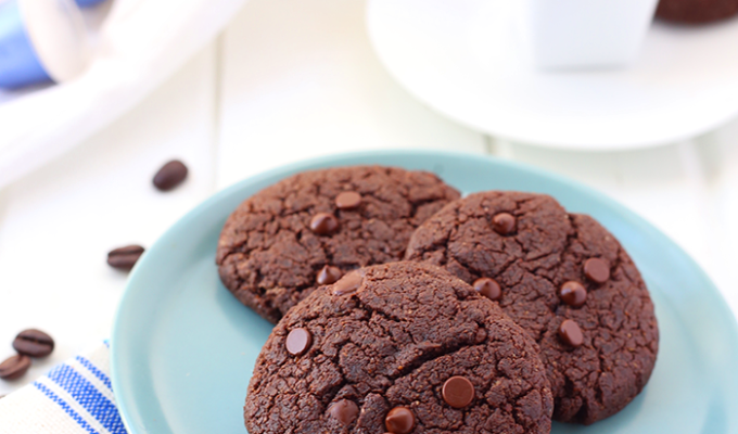Double Chocolate Espresso Cookies (Gluten Free, Vegan + Paleo) by The Healthy Maven | The 15 Best Healthy Cookie Recipes