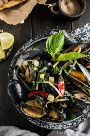 Ridiculously Delicious Thai Coconut Mussels